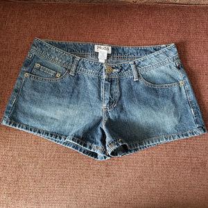 Mudd Jean Shorts Size 11 Women